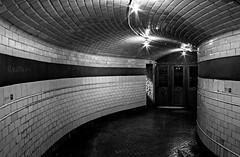 la vieja estacin (RalRuiz) Tags: madrid bw blancoynegro metro 1966 museo lineas curvas chamber linea1 estacindemetro