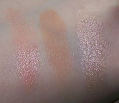 MAC Wonder Woman Pink Power MSF swatch