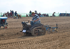 Ransomes MG2 (atkidave) Tags: tractor mg horticultural 2010 crawler mg2 marketgarden ransomes greatdorsetsteamfair mg40 gdsf mg5 mg6