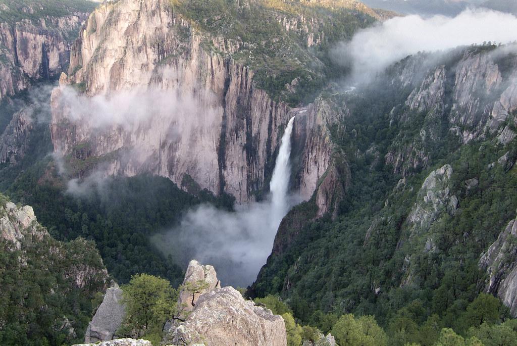 vista panorámica de la cascada de Basaseachi