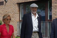 Sean Connery & wife Micheline (FindingConnery) Tags: 10 sean connery eiff fountainbrige