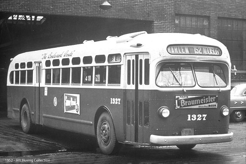 The Chicago Transit Authority in the year of 1952. Chicago Illinois USA. From the internet site Northern California Bus Fans.com  www.norcalbusfans.com by Eddie from Chicago