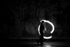 Palais de Tokyo 1 (erick.go) Tags: light paris france night de fire tokyo sony arts palais alpha 700 nuit feu palaisdetokyo jongleur cracheurdefeu cracheurs sonyalpha700 burneur