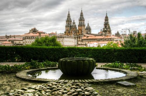 Cathedral and fountain. Santiago de Compostela. Catedral y fuente