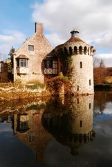 Scotney Castle (tracyhughes2_7. CPAGB LRPS) Tags: blue brown green castle clouds reflections kent scotney digitalcameraclub abigfave 100commentgroup saariysqualitypictures favoritesofbushrasons scotneycastlewater
