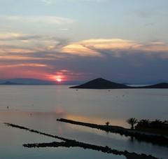 Plácido atardecer (nuska2008) Tags: españa sol mar canal sunsets murcia atardeceres marmenor ocaso islas tranquilidad superlativas natureselegantshots panoramafotográfico nuska2008 nanebotas