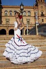 LA ROSA DE LOS VIENTOS (Antonio Jimenez Carrasco) Tags: antonio jimenez carrasco diseador diseo traje de flamenca gitana