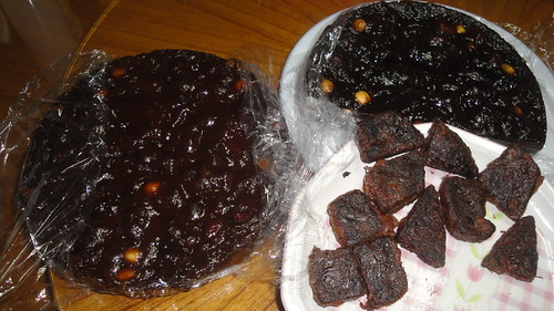 紅棗蓮子桂圓年糕Sweet rice cake with red dates, lotus seeds and longan