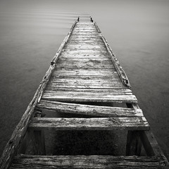Combing (Andy Brown (mrbuk1)) Tags: wood old longexposure seascape detail texture broken water contrast square pier blackwhite boards timber jetty grain perspective symmetry dorset weathered rotten derelict planks noclueshere nd110