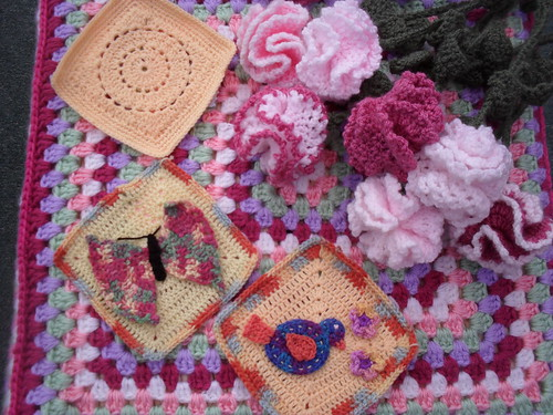 'Circle of Friends' (Top) 'Spring Challenge' Butterly and Birdie! Gorgeous Squares arien156! Don't you just love these Squares! :)