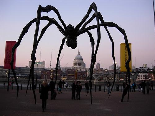 η αράχνη : spider (Maman by Louise Bourgeois at Tate Modern)