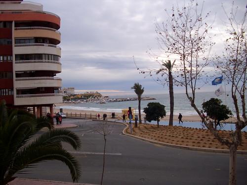 situado en 1ª línea con fabulosas vistas al mar. Consulte precio a su inmobiliaria en Benidorm, Asegil www.inmobiliariabenidorm.com