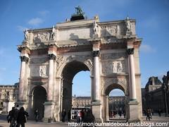 Arc de Triomphe - Jardin des Tuileries - 2 (tripuniforme) Tags: travel paris france french europe monuments arcdetriomphe franais franceimage visittheworld jardindetuileries visitparis greatphotos parisenphoto monumentsdeparis wetraveltheworld