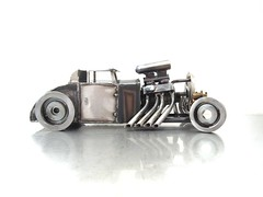 5 Window Ford Metal Hot Rod Sculpture