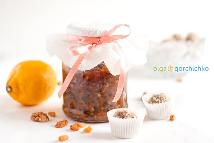 Конфеты из сухофруктов и витаминная смесь МИЛОК