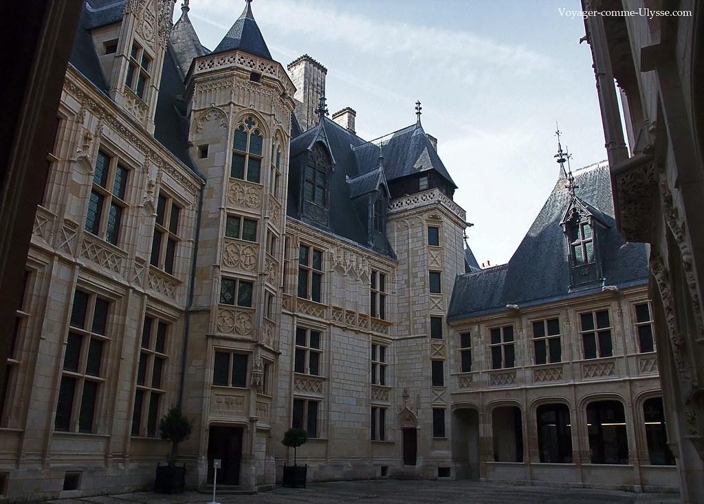 palais jacques coeur plus maison gothique de