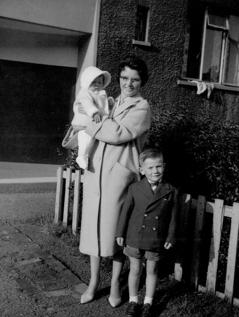 Jenny McCreath, Valerie McCreath, Glenn McCreath 1961