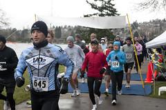 FFV 10K-5K Feb 2011  53 (dherrickd) Tags: seattle sports race start outdoors daylight 645 running 10k various races runner canonef2470mmf28lusm 5k sewardpark 2011 594 652 canon1dmarkiii racingbibs fitnessforvitality