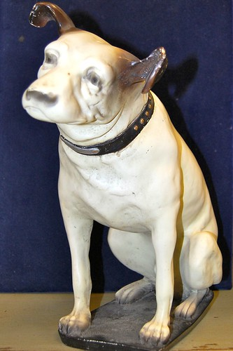 A resin model of Nipper, the iconic HMV dog