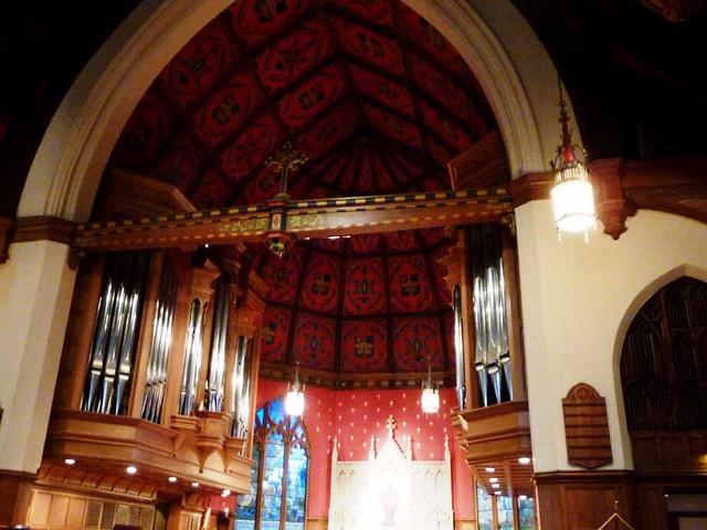 P1080563-2011-03-13-All-Saints-Episcopal-Church-Chancel-Alter