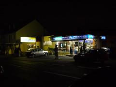 Fresstempel bei Nacht