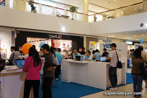 Queensbay Mall YES 4G Roadshow