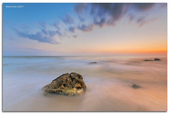 Soft motion (alonsodr) Tags: sunset beach atardecer andaluca seascapes sony playa filter alpha cdiz alonso tarifa marinas carlzeiss puntapaloma nd8 a900 alonsodr alonsodaz alpha900 degradadoinverso cz1635mm mygearandme reversegraduated