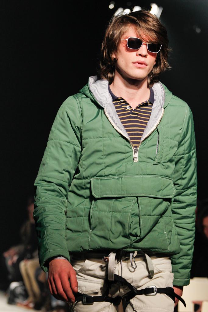 Jonatan Frenk3065_FW11_NY_Band of Outsiders(GQcom)