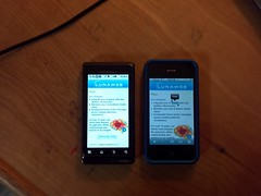 Droid 2 and iPhone 4 screens on