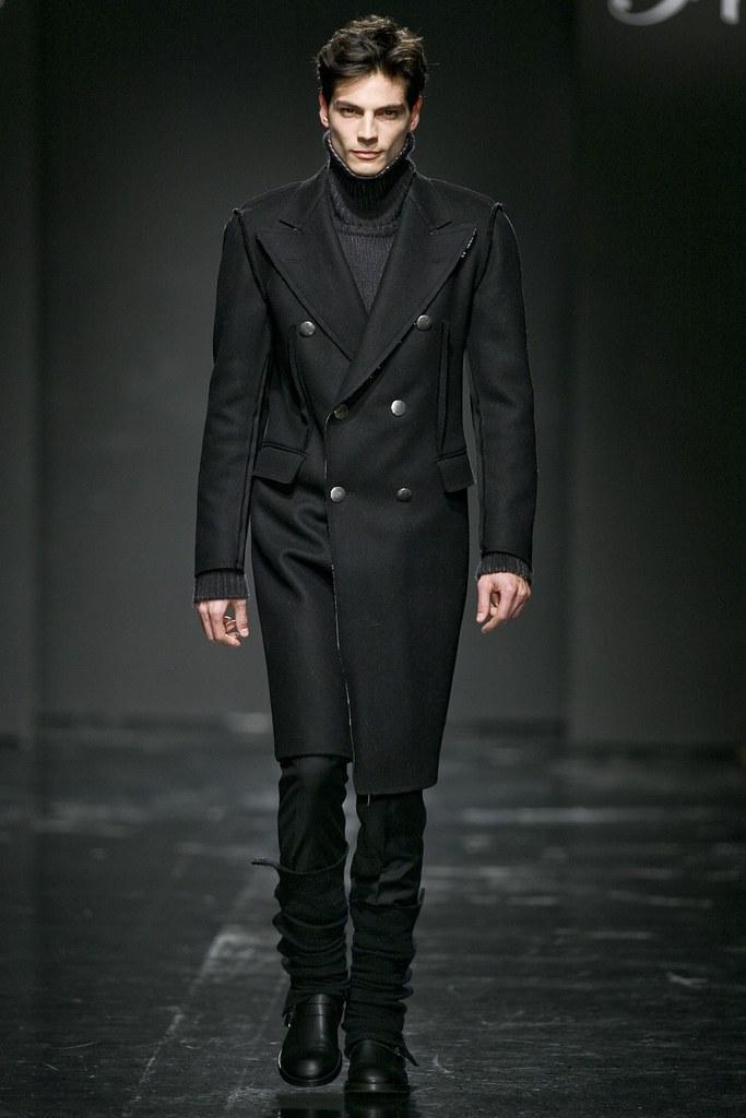 Javier de Miguel3048_FW11_Franck Boclet(Simply Male Models)