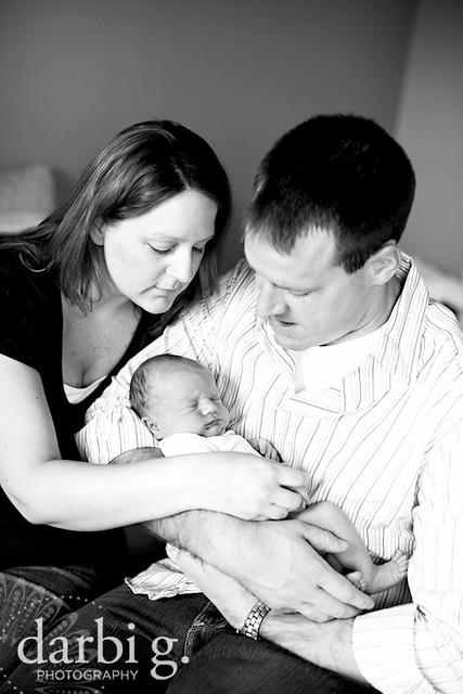 DarbiGPhotography-Kansas City newborn photographer-031511-MY-112