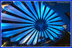 Berlin - Sony Center (Carlink) Tags: viaje blue berlin azul germany sony abril bleu sonycenter alemania cupula 2010 deutchland postdamerplatz carlink carlinkphoto