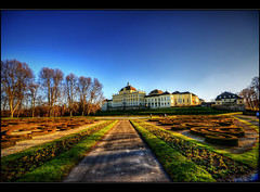 Residenzschloss Ludwigsburg (Kemoauc) Tags: park building castle architecture photoshop germany garden deutschland nikon view structure schloss garten hdr ludwigsburg topaz wrttemberg anblick d90 photomatix nikond90 hdrterrorist kemoauc