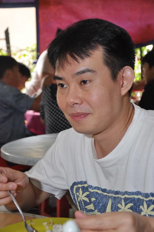 Tjek Lim at Lin Kee Fish Head