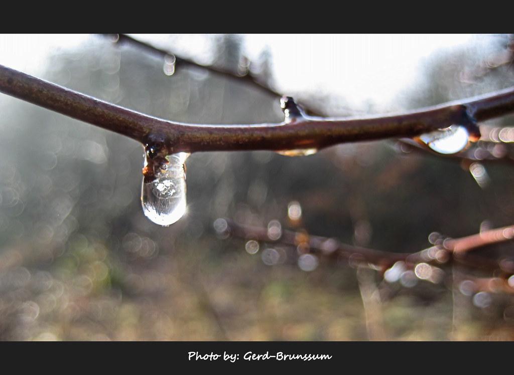 Frozen waterdrop melting down