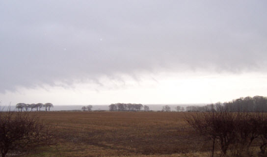 kilham_driffield_rain_clouds