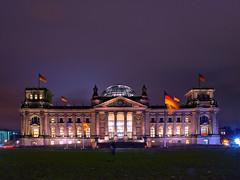 reichstag (~janne) Tags: light berlin night germany licht long exposure cloudy nacht olympus reichstag janusz e520 ziob
