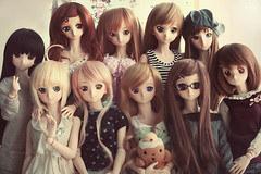 Family picture :D (iamapplepuff) Tags: yoko dd volks yukino rina evangelion kon whitealbum kingoffighters maishiranui dollfiedream gurrenlagann fatehollowataraxia sakuramatou magicalgirllyricalnanohastrikers fateunlimitedcodes saberlily hirasawayui akiyamamio makinamimariillustrious ogatarina   takamichinanoha   dollfiedream