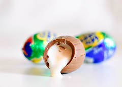 25/50: Emergency Rations (Kerfuffle~) Tags: 50mm chocolate 25 2550 cadburyeggs interestingness35 notthatimcomplaining 50by50 theworldsperfectfood emergencyfoodstuffs whyaretheseforsaleinthevalentinesdaysectionofthestore arenttheyforeaster