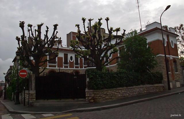 Une des très belles maisons de la Campagne à Paris
