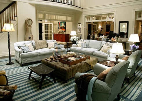 Somethings-Gotta-Give-living-room-rug