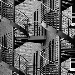 hamburg b&w 002 (ewaldmario) Tags: bw monochrome germany square spiral deutschland iron europa europe harbour bricks hamburg staircase tele sw hh monochrom schwarzweiss hafen myfave spiralstaircase hafencity stahl hansestadt quadrat eisen ziegel cityart wendeltreppe bsquare blackandwhitephotos feuerleiter stiegen blackwhitephotos contemporaryartsociety windmillsspirals vanagram bestcapturesaoi hamburg2010 hh2010 asquaresuperstarstemple soulocreativity3 soulocreativity4