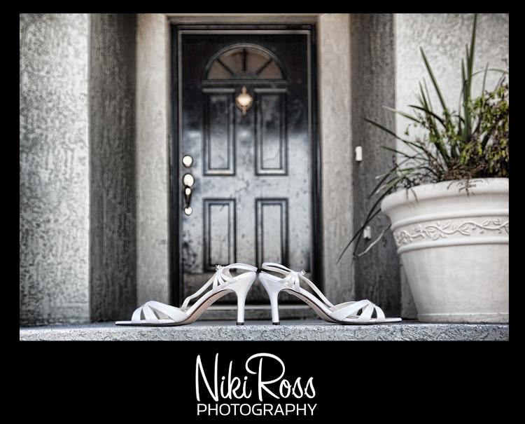 shoes-frontdoor