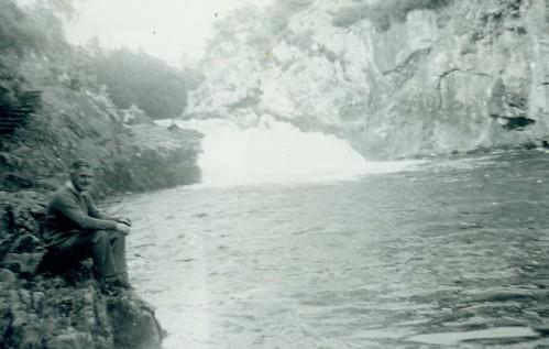 Douglas H McCreath  Falls OF Shin 1964