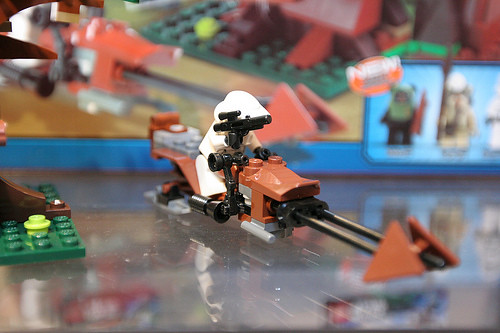7956 Ewok Attack 2