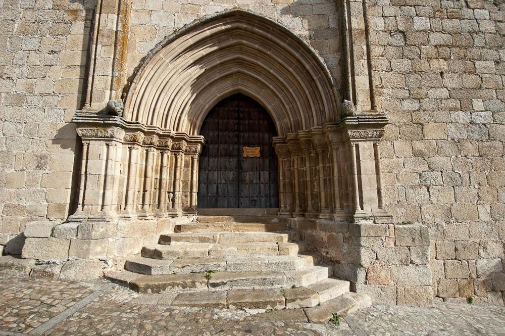 iglesias en trujillo caceres