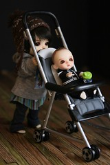 the stroller (Kittytoes) Tags: white yellow stroller squid miel belle bjd dig lati