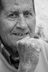 Juan Gmez 'Pitonga' (Jomablanco) Tags: retrato pueblo hombre axarqua almchar juangmez pitonga unhombredepueblo