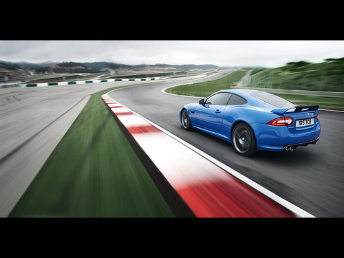 2011 Jaguar XKR-S pictures