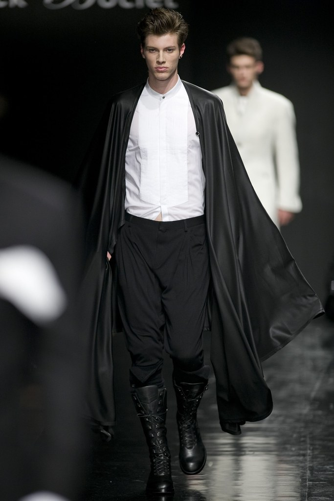 Petr Rehka3027_FW11_Paris_Franck Boclet(Simply Male Models)